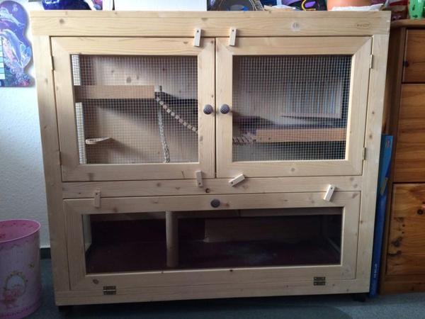 zu verkaufen einen gut erhaltenen gro en mehrgesch ssigen hamsterk fig 100 x 43 x 87 cm. Black Bedroom Furniture Sets. Home Design Ideas