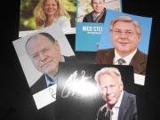 25 signierte Autogrammkarten