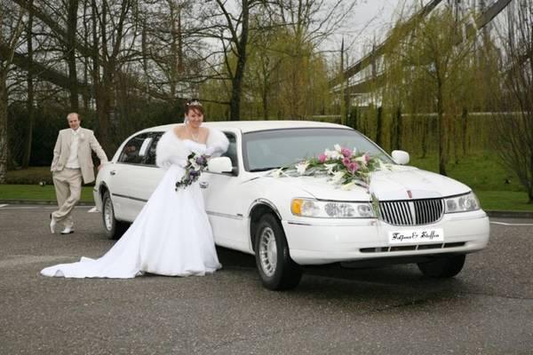 Hochzeitsauto & Hochzeitsfahrzeug & Luxusauto & Luxusfahrzeug ...