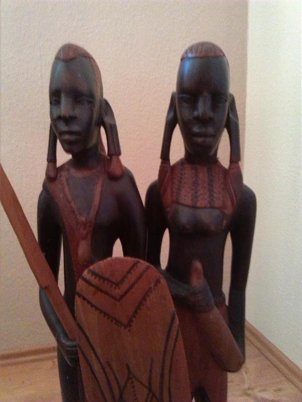 afrikanische holzfiguren in memmelsdorf dekoartikel kaufen und verkaufen ber private. Black Bedroom Furniture Sets. Home Design Ideas