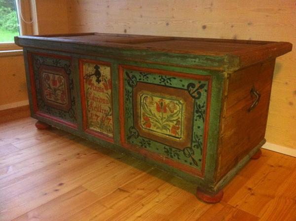 M bel einrichtungen antiquit ten antiquit ten for Schaukelstuhl antik gebraucht
