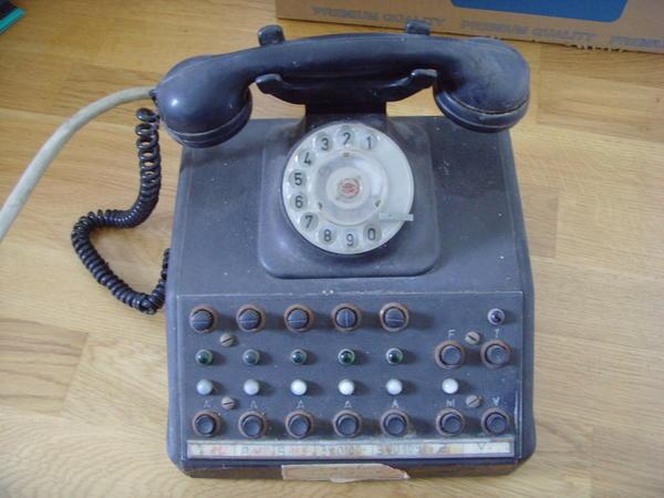 altes telefon telefonzentrale ca 1955 in dresden flohm rkte flohmarktartikel kaufen und. Black Bedroom Furniture Sets. Home Design Ideas