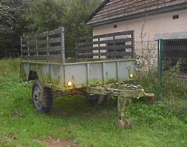 anh nger f r unimog oder traktor guter zustand in zweibr cken landwirtschaft weinbau kaufen. Black Bedroom Furniture Sets. Home Design Ideas