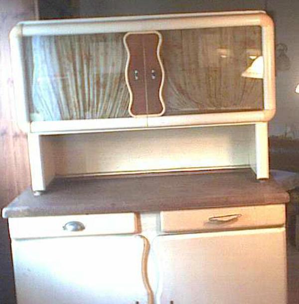 einrichten weichholzschrank raum und m beldesign. Black Bedroom Furniture Sets. Home Design Ideas