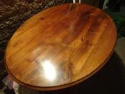 antiken ovalen Tisch