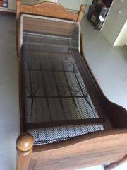 Antikes Bett