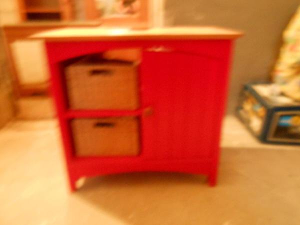 Badezimmerm bel 3 teilig kiefer rot lackiert in for Badezimmermobel 3 teilig