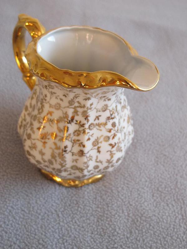 bareuther zuckerdose und milchk nnchen mit golddekor 27 i in heilbronn glas porzellan. Black Bedroom Furniture Sets. Home Design Ideas