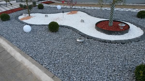 basalt splitt basaltsplitt schotter steingarten kies schiefer granit marmor lieferung in bonn. Black Bedroom Furniture Sets. Home Design Ideas