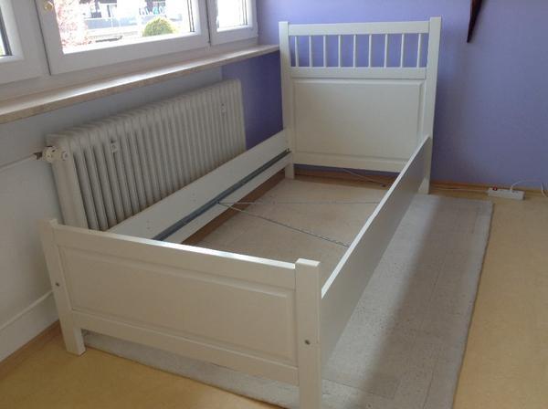 bett ikea hemnes biete hier ein gut erhaltenes bett von ikea marke ikea hemnes bett lattenrost. Black Bedroom Furniture Sets. Home Design Ideas