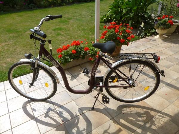 biete altengerechtes fahrrad sonstige fahrr der. Black Bedroom Furniture Sets. Home Design Ideas