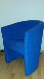 Blauer Sessel