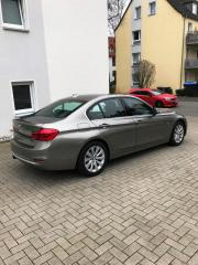 BMW 330i Luxury