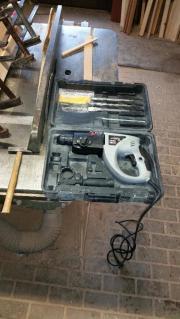 Bohrhammer mit Koffer