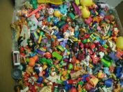 ca. 300 Plaste-