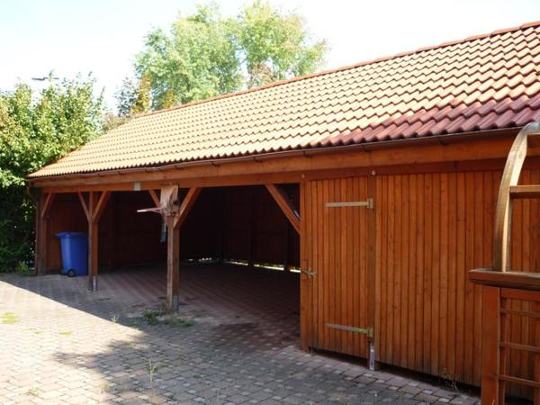 carport 3 fach carport zus tzl ger teraum mit satteldach in n rnberg garagen stellpl tze. Black Bedroom Furniture Sets. Home Design Ideas