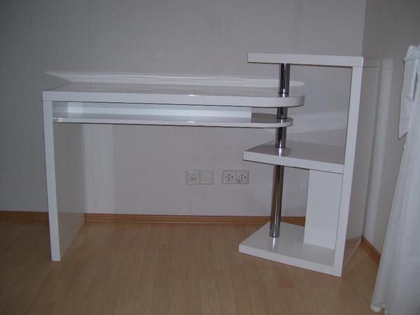 designer b ro schreibtisch wei glanzlack neuwertig in. Black Bedroom Furniture Sets. Home Design Ideas