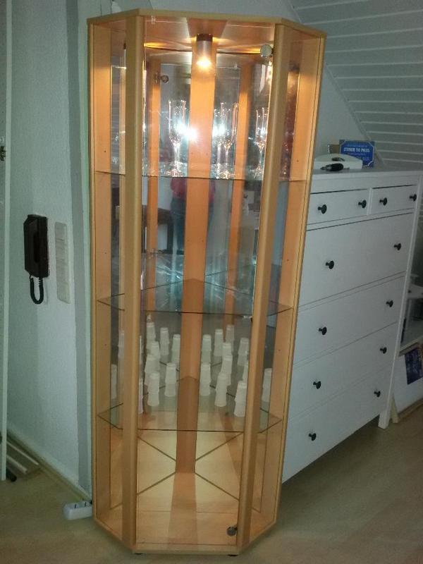 eckvitrine glas spiegel buche nachbildung in heilbronn wohnzimmerschr nke anbauw nde. Black Bedroom Furniture Sets. Home Design Ideas
