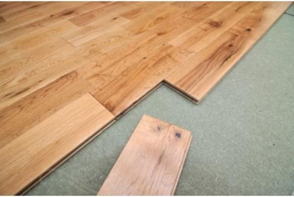 eiche dielenboden markant rustikal 15 x 130 mm dielen roh f r 32 50 eur qm in bad. Black Bedroom Furniture Sets. Home Design Ideas