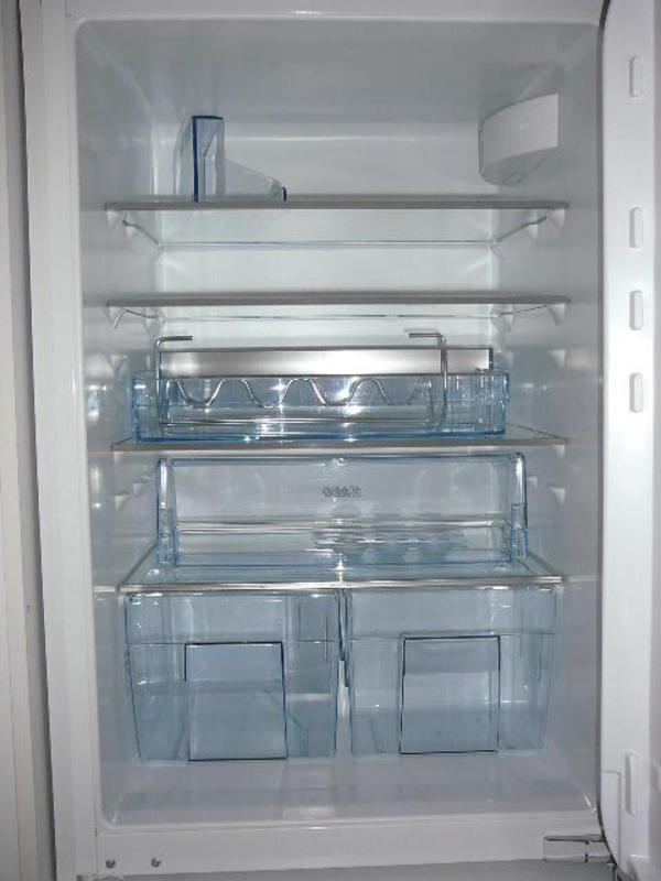 Einbaukühlschrank AEG 155 L Nutzinhalt