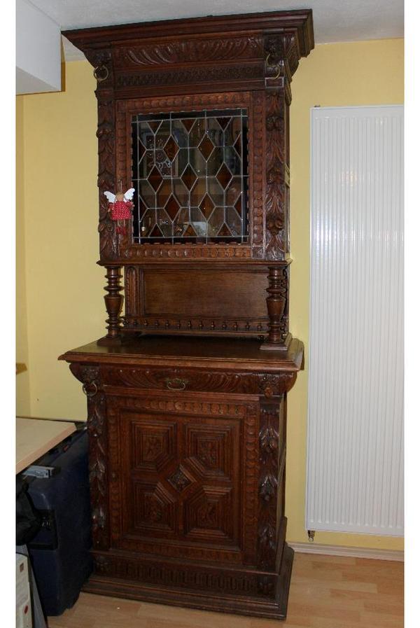 esszimmer antik vitrine tisch und st hle in backnang. Black Bedroom Furniture Sets. Home Design Ideas