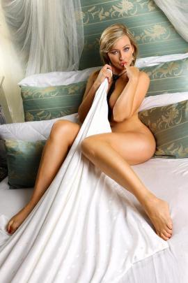 erotische massage regensburg frau richtig oral