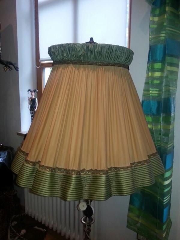 extravagante stehlampe antik in neu tting lampen kaufen. Black Bedroom Furniture Sets. Home Design Ideas