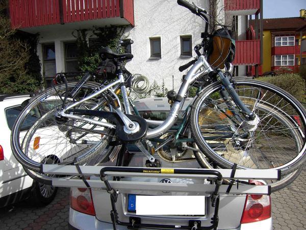 fahrradtr ger f r kofferraumklappe stufenheck in eppingen. Black Bedroom Furniture Sets. Home Design Ideas