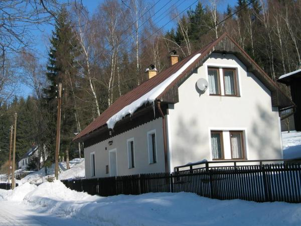 ferienhaus mit kamin tschechien riesengebirge in. Black Bedroom Furniture Sets. Home Design Ideas