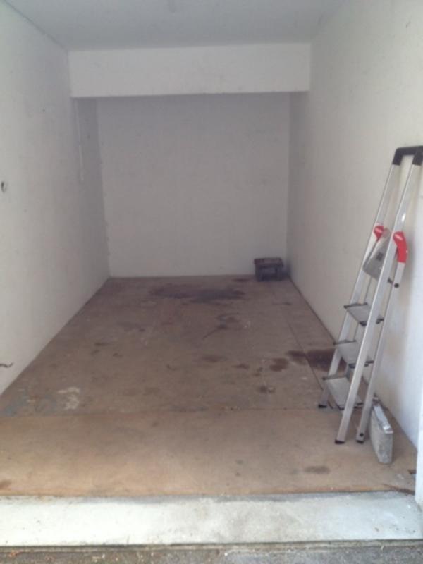 garage lager zu vermieten in m nchen vermietung garagen abstellpl tze scheunen kaufen und. Black Bedroom Furniture Sets. Home Design Ideas