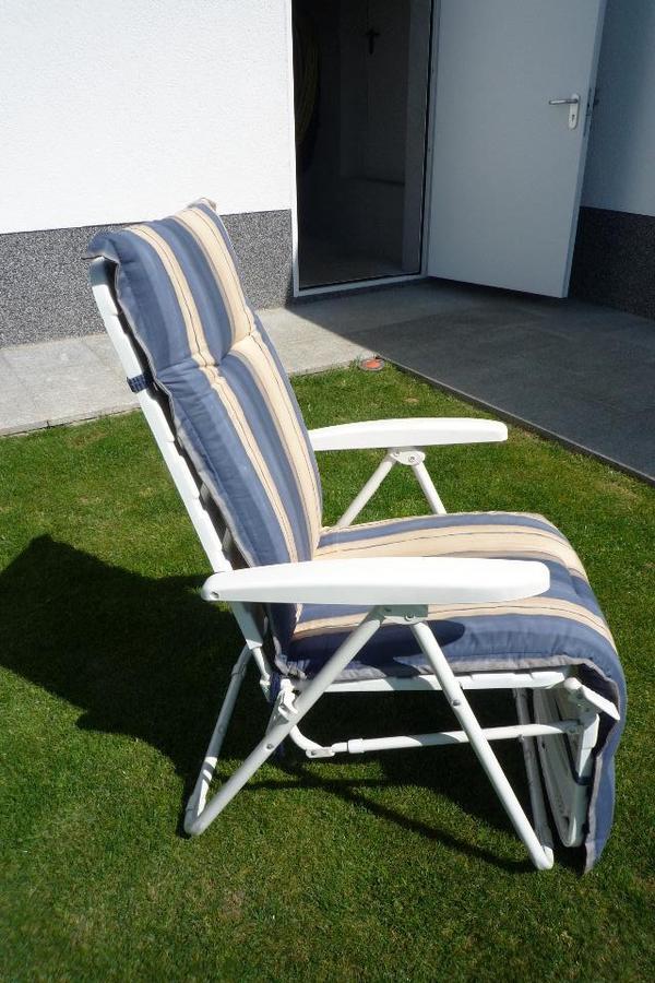 garten liegestuhl zu verkaufen in bockenheim gartenm bel. Black Bedroom Furniture Sets. Home Design Ideas