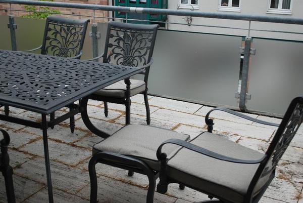 Gartenmobel Rattan Toom :  mit 2 Fußablagen und Sitzkissen Material Aluminium (rostfrei und