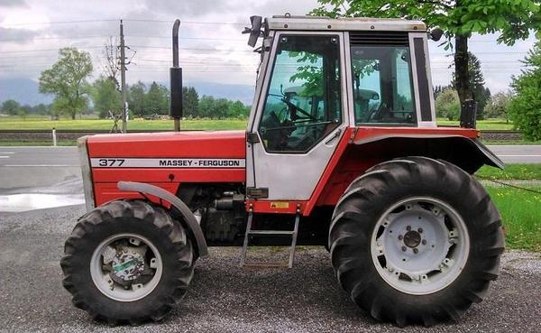 gebrauchter allrad traktor schlepper massey ferguson 377a. Black Bedroom Furniture Sets. Home Design Ideas