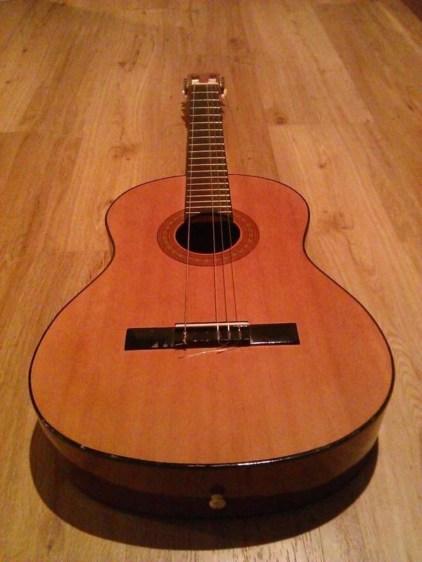 gitarre hohner konzert akustik gitarre model mc 06 in mainz gitarren zubeh r kaufen und. Black Bedroom Furniture Sets. Home Design Ideas