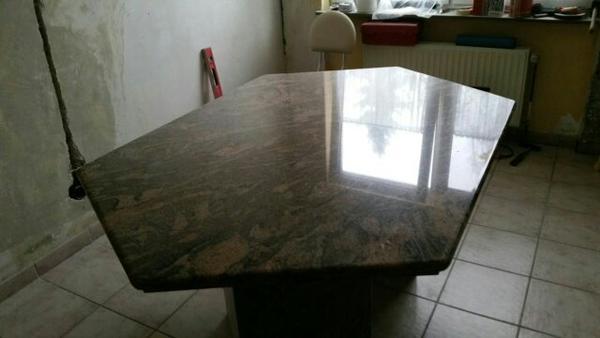 Granit tisch 6 eckig in westhofen speisezimmer essecken for Tisch aus granit
