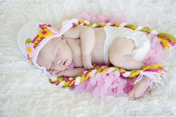 hand gestrickte m tzen s tze f r neugeborene und baby fotografie in zwijndrecht kindergruppen. Black Bedroom Furniture Sets. Home Design Ideas
