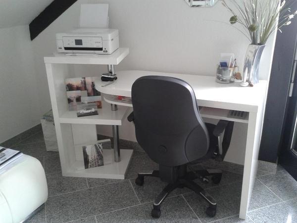 hochglanz schreibtisch weiss neuw drehstuhl in sprendlingen b rom bel kaufen und verkaufen. Black Bedroom Furniture Sets. Home Design Ideas