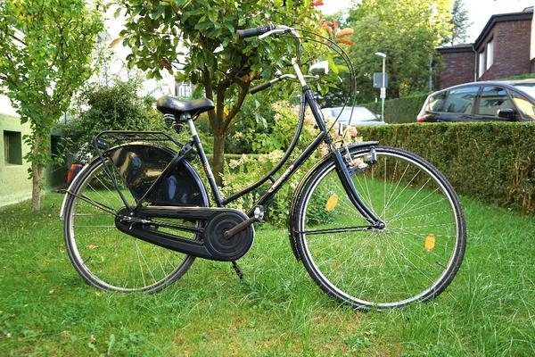 holland nostalgie fahrrad kaufen gebraucht und g nstig. Black Bedroom Furniture Sets. Home Design Ideas
