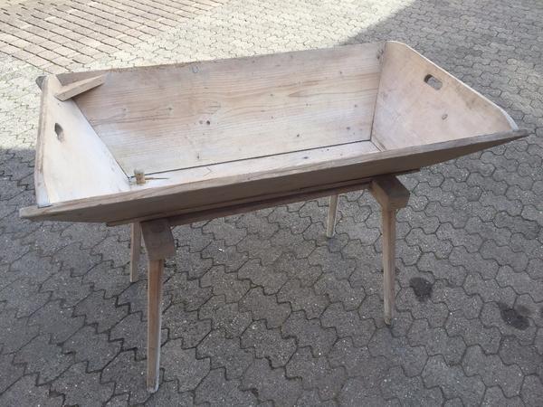 holztrog backtrog holzwanne waschtrog mit unterbau in erlangen alles m gliche kaufen und. Black Bedroom Furniture Sets. Home Design Ideas