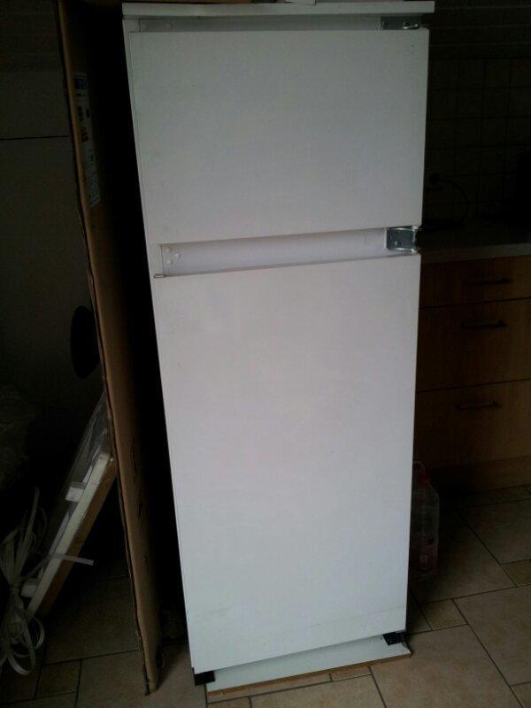 Ignis bauknecht arl702 1 lh einbaukuhlschrank for Ignis einbaukühlschrank