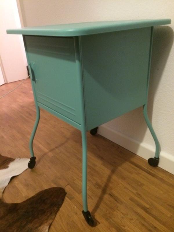IKEA Ablagetisch Beistelltisch Nachttisch VETTRE NEU türkis retro ...
