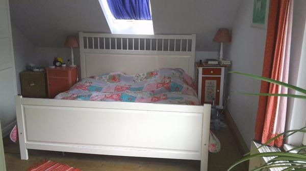 ikea bett weiss hemnes kaufen gebraucht und g nstig. Black Bedroom Furniture Sets. Home Design Ideas