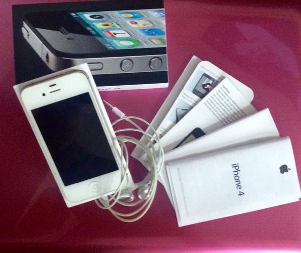 iphone 4s wei 16gb in erfurt apple iphone kaufen und. Black Bedroom Furniture Sets. Home Design Ideas