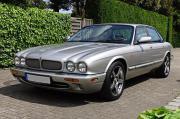 Jaguar XJR 4.