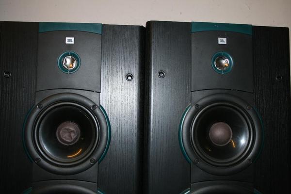 jbl lx9 standlautsprecher boxen in karlstein boxen. Black Bedroom Furniture Sets. Home Design Ideas