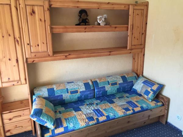 jugendzimmer mit berbau aus massivholz in wesel kinder jugendzimmer kaufen und verkaufen. Black Bedroom Furniture Sets. Home Design Ideas
