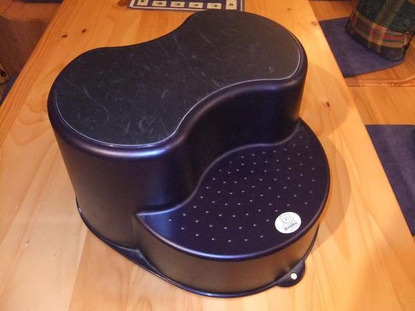 kinder tritt hocker in dorsten laufstlle hochsthle. Black Bedroom Furniture Sets. Home Design Ideas