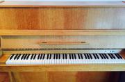 Klavier ***sehr gepflegter