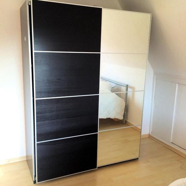 kleiderschrank ikea pax in wiesbaden schr nke sonstige. Black Bedroom Furniture Sets. Home Design Ideas