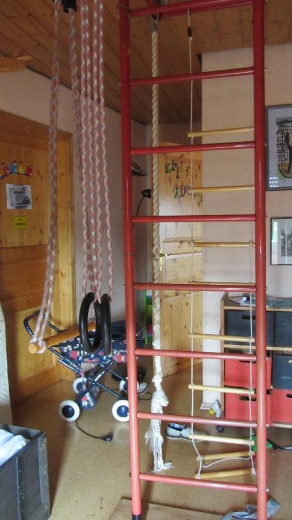 kletterger st mit schaukel. Black Bedroom Furniture Sets. Home Design Ideas